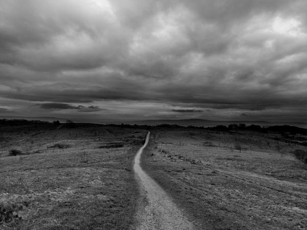 Mountain path by Pj0