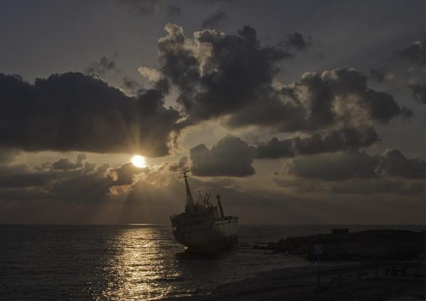 Ran aground by jimobee