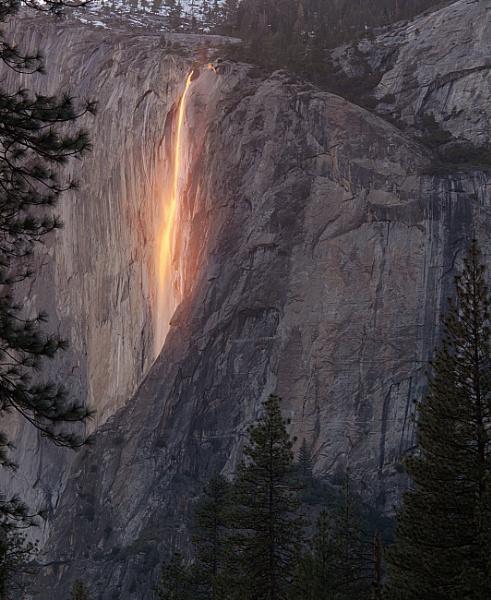 Fire Fall Yosemite 24th Feb 2016 by cconstab