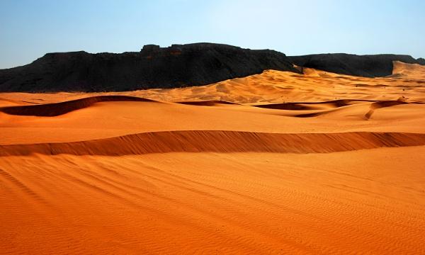 Desert Scene by PhilMinnis