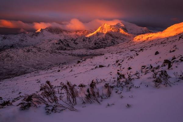 Snowdon summit sunrise at Winter 2016 by J_Tom