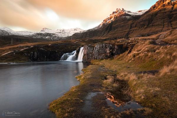 Kirkjufellsfoss Sunrise by St1nkyPete