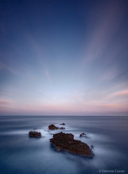 Reaching the horizon by ecassar