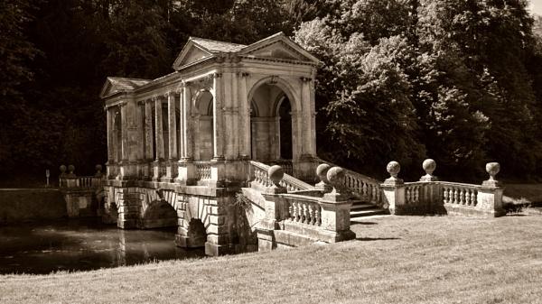 Palladian Bridge, Prior Park, Widcombe, Bath, England by Ian01