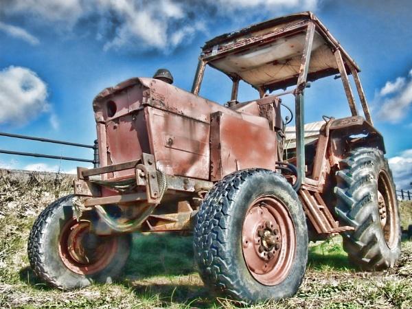 Red Shrimping Tractor v1 by jonlonbla