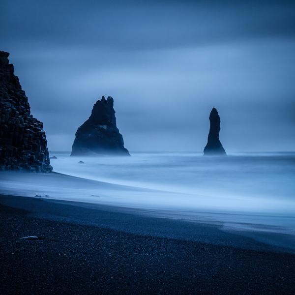 Black Beach by RobboB