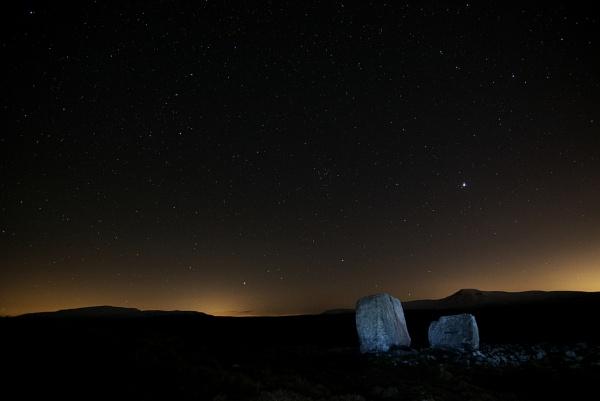Ingleborough night sky by eviemay