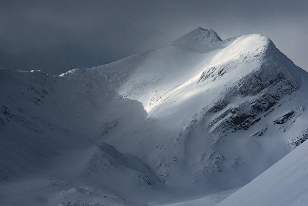 Winter Light- Beinn Eighe by cdm36