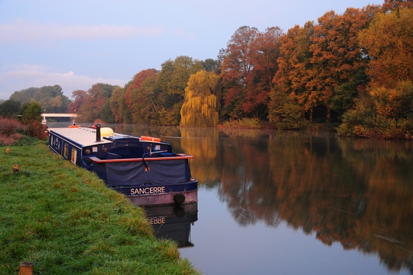 River Thames - Pangbourne Meadow by SeaOtter26