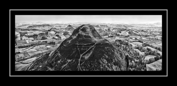 Eildon Hill by barral