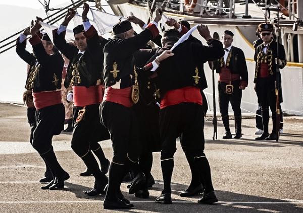 Sailor\'s dance by nklakor