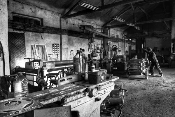 the metal fabricators workshop by jocas