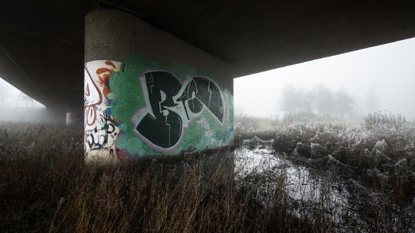 Splash of Urban by fazzer