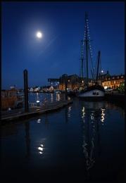 Wells Moonlight.