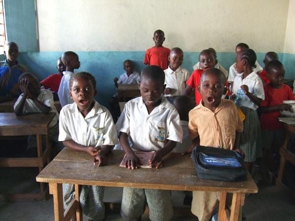 Kenyan Village School by AH5310