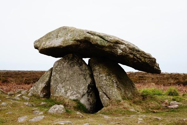 Dolmen stones by frogs123