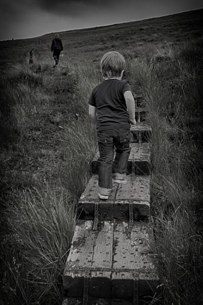 Wait for me! by zwarder