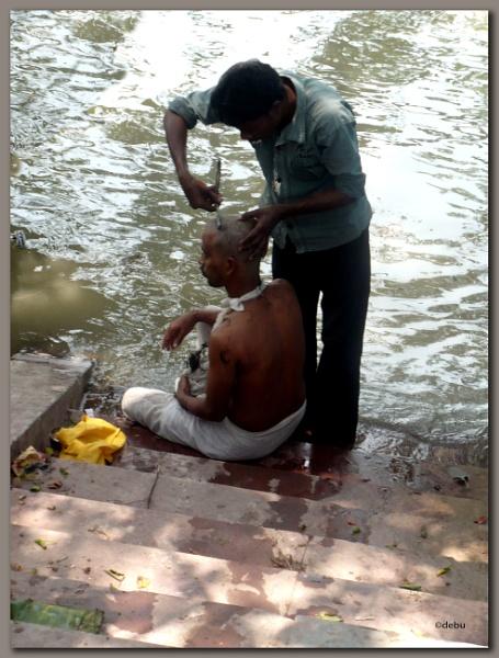 In hindu ritual Remove Hair at death of elder family member... by debu