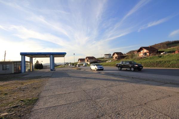 Gas station by vickylou