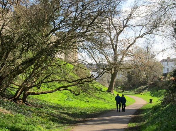 Walking in Chepstow by dixy