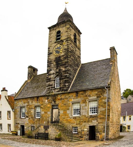 Culross Town Hall by Dingus