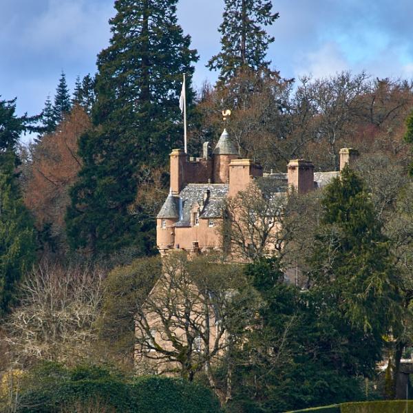Crathes Castle by nrzam