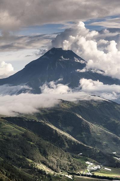 Tungurahua by macxymum