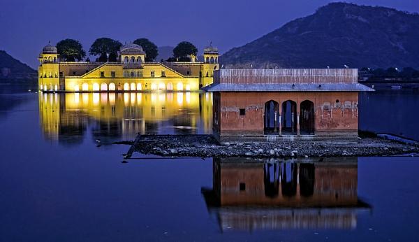 Jal Mahal Jaipur by sawsengee