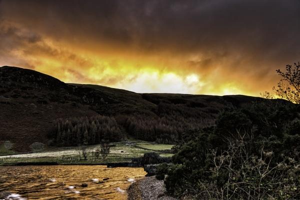 Fire sky by adamsa