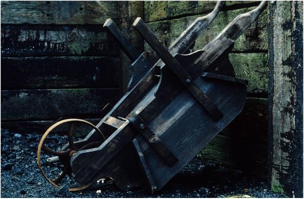 Old Wheelbarrow by dark_lord