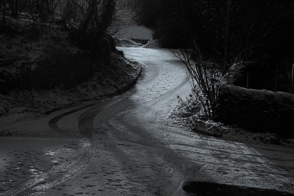 Converging paths by Backabit