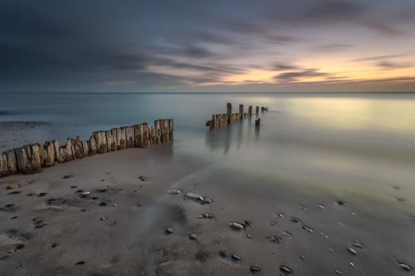 Hornsea Beach by phillG
