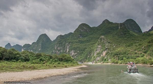 River Li, Guilin, Southern China by brian17302