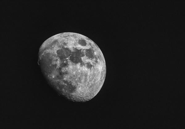 Merseyside Moon by Heleneandkev