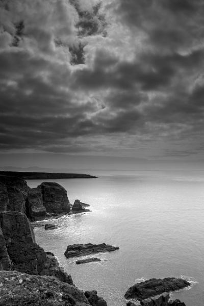 Moody skies by SimonNG