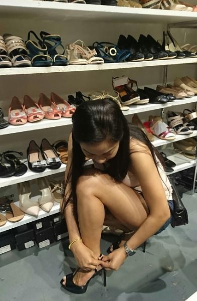 Shoe sale! by Lenscapon