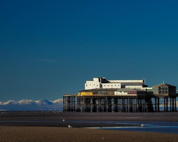 North Pier by victorburnside