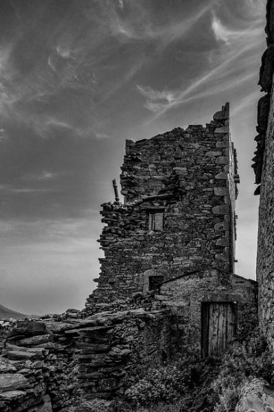 Ruin by Scutter