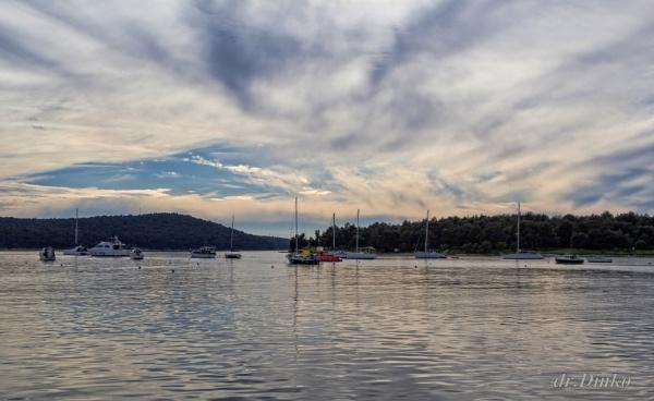safe calm harbor by drDinko