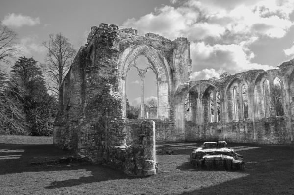 netley abbey by bigboots