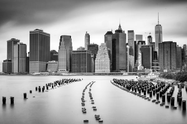 Grey Gotham by RobboB