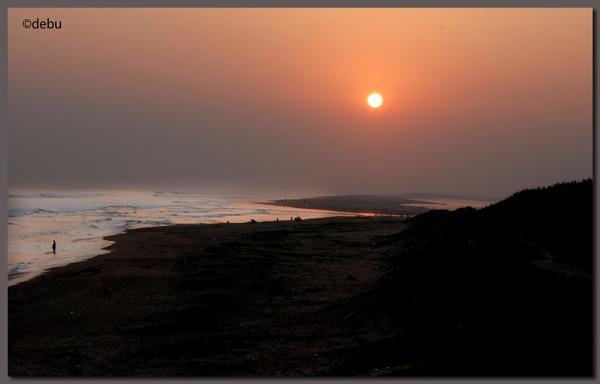 Chandrabhaga Beach in Orissa. by debu