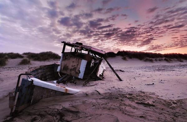 Sunrise by Dave_Henderson
