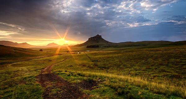 sunrise in the Drakensberg by Nobby31