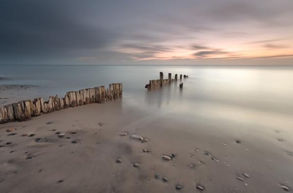 Hornsea beach 2 by phillG
