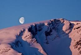 Norwegian Moonrise