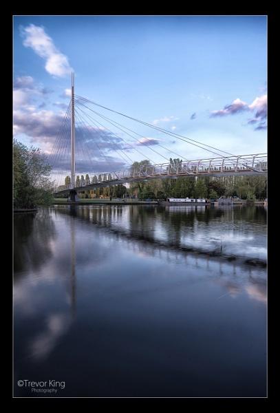 Christchurch Bridge by Snapper_T