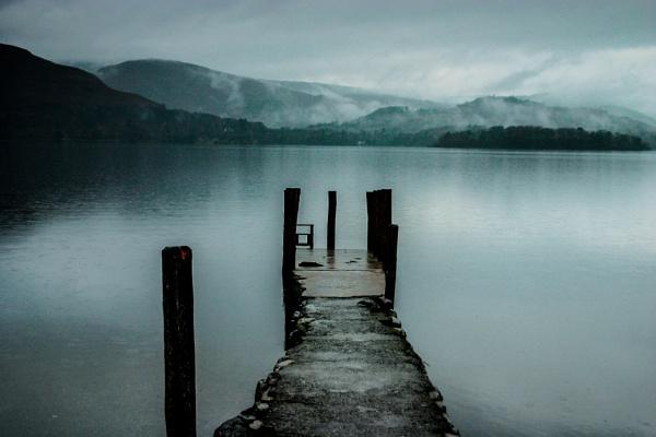 dull wet day by arnieg