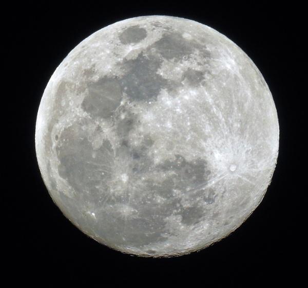 full moon by jimlynch8