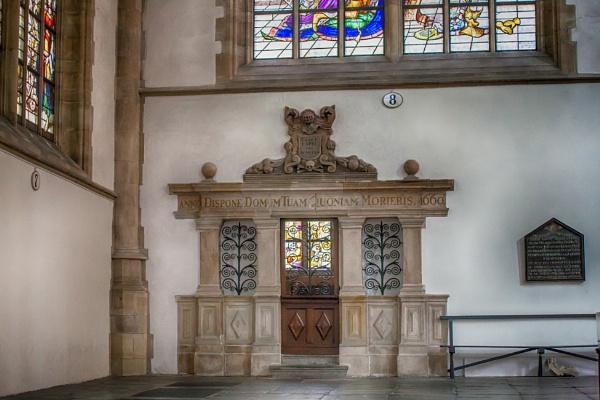 Family burial chapel by kuipje
